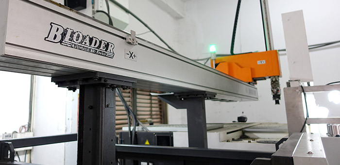 With the automatic robot arm, the production cost is lowered and quality is controllable.